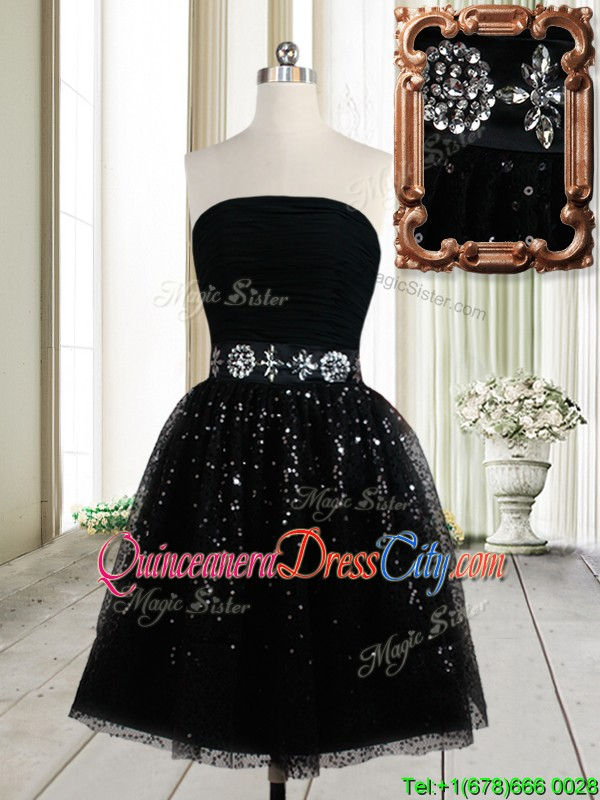 Latest Strapless Beaded Decorated Waist Tulle Short Dama Dress in Black