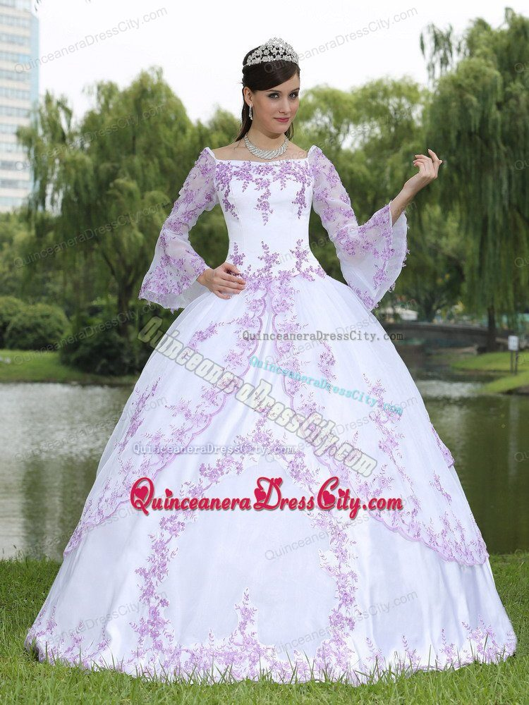 Long Sleeves Square Neckline Embroidery White Sweet 16 Quinceanera  Dress