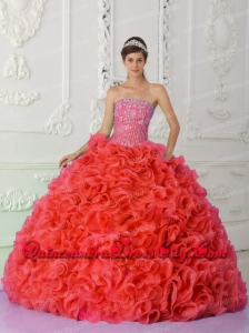Fashionable Ball Gown Strapless Red Quinceanera Dress with Beading and Ruffles