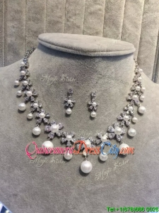Exquisite Wedding Jewelry Set with Rhinestone and Imitation Pearls