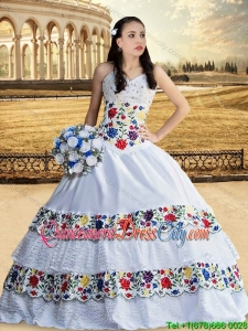 Cowgirl Top Seller Beaded Bust and Laced Embroideried White Quinceanera Dress with Sweetheart