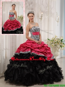 2020 Selling Ruffles Sweetheart Quinceanera Gowns in Red and Black