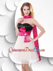 2020 Perfect Short White and Black Dama Dresses with Bowknot