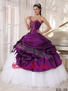 Sweetheart Floor-length Appliques Quinceanera Dress in Purple and White