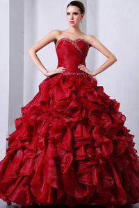Wine Red Ruffled Beading Sweetheart Quinceanera Dresses