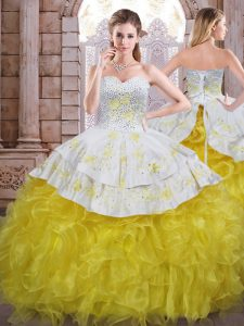 Romantic Yellow And White Ball Gowns Sweetheart Sleeveless Organza Floor Length Lace Up Beading and Appliques and Ruffles Quince Ball Gowns