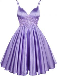 Latest Lilac A-line Elastic Woven Satin Spaghetti Straps Sleeveless Lace Knee Length Lace Up Quinceanera Dama Dress