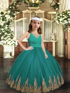 Glorious Sleeveless Embroidery Zipper Little Girl Pageant Gowns