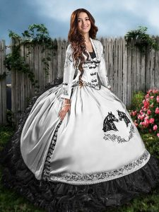 Vintage Sweetheart Sleeveless Quinceanera Dress Floor Length Embroidery and Ruffles White And Black Satin