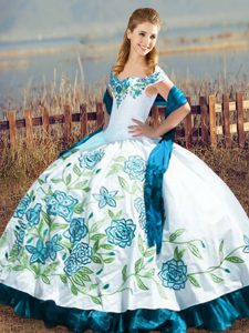 Stylish Off The Shoulder Sleeveless Satin Vestidos de Quinceanera Embroidery and Ruffles Lace Up