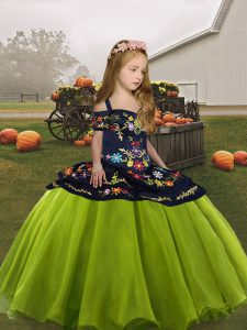 Olive Green Lace Up Child Pageant Dress Embroidery Sleeveless Floor Length