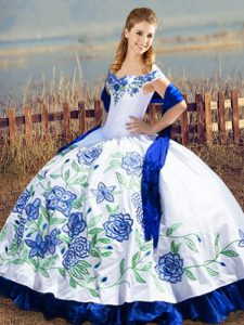 Embroidery and Ruffles Vestidos de Quinceanera Blue And White Lace Up Sleeveless Floor Length