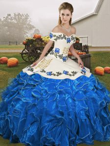 Glamorous Organza Off The Shoulder Sleeveless Lace Up Embroidery and Ruffles 15th Birthday Dress in Blue And White