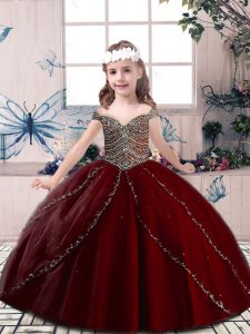 Luxurious Wine Red Ball Gowns Beading Little Girls Pageant Gowns Lace Up Tulle Sleeveless Floor Length