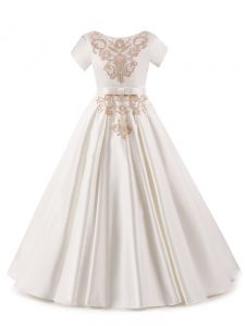 Short Sleeves Satin Floor Length Zipper Pageant Gowns For Girls in White with Appliques