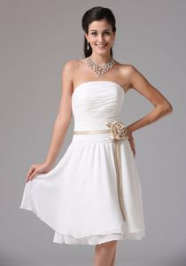 Simple Ruched Strapless Dress for Dama Hand Made Flowers in Concord
