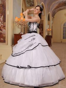 Embroidery White Strapless Organza Sweet Sixteen Quinceanera Dresses