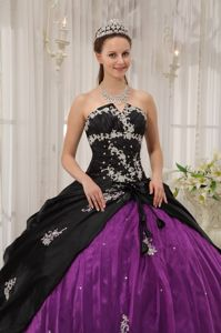 Black and Purple Quinceanera Gown Dresses with White Apppliques
