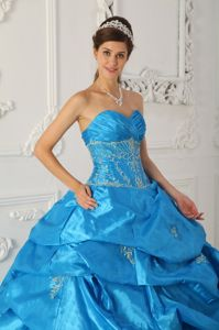 White Appliques and Puffy Ruffles Sweet Sixteen Dresses in Blue