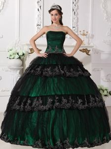 Dark Green Ruches Appliques Tulle And Taffeta Quinceanera Gowns
