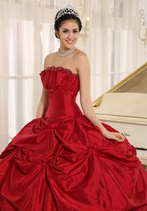Custom Made Red Strapless Quinceanera Gown Dresses with Pick-ups