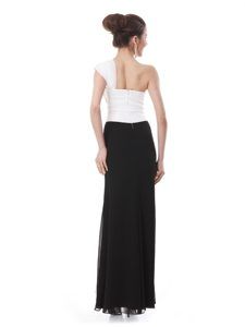 Sweet White And Black One Shoulder Zipper Beading and Hand Made Flower Mother of Bride Dresses Sleeveless