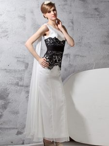 One Shoulder Sleeveless Mother Dresses Floor Length Lace White And Black Chiffon