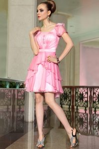 Fine Cap Sleeves Chiffon Mini Length Side Zipper Mother of Bride Dresses in Rose Pink with Belt