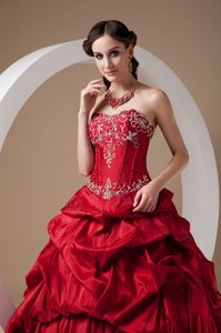 Red Taffeta Strapless Quinceanera Gown Dresses Appliques Sweetheart