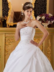 Princess Tulle and Taffeta Dresses for Quinceaneras Appliques in White