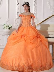 Off the Shoulder Quinceanera Dress Lace Decorate Hand Made Flowers
