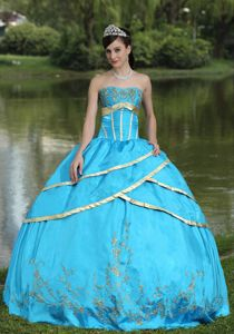 Beautiful Blue Strapless Ball Gown Embroidery Sweet 16 Dress